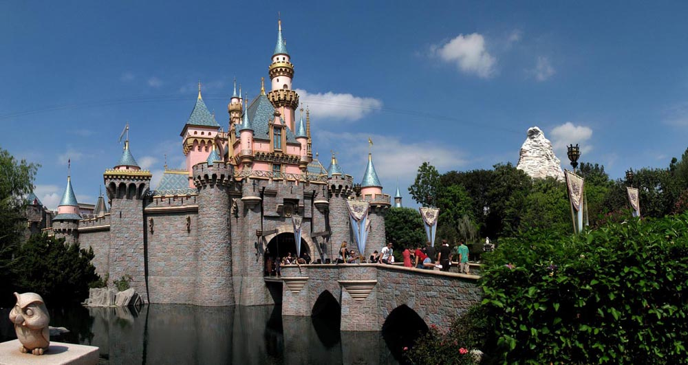 Sleeping Beauty's Castle, Moat